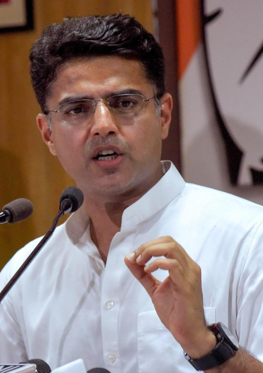 A day after former Union minister Jaswant Singh's son quit the Bharatiya Janata Party, Rajasthan Congress chief Sachin Pilot said on Sunday that Chief Minister Vasundhara Raje should introspect why its leaders are leaving the party. PTI file photo