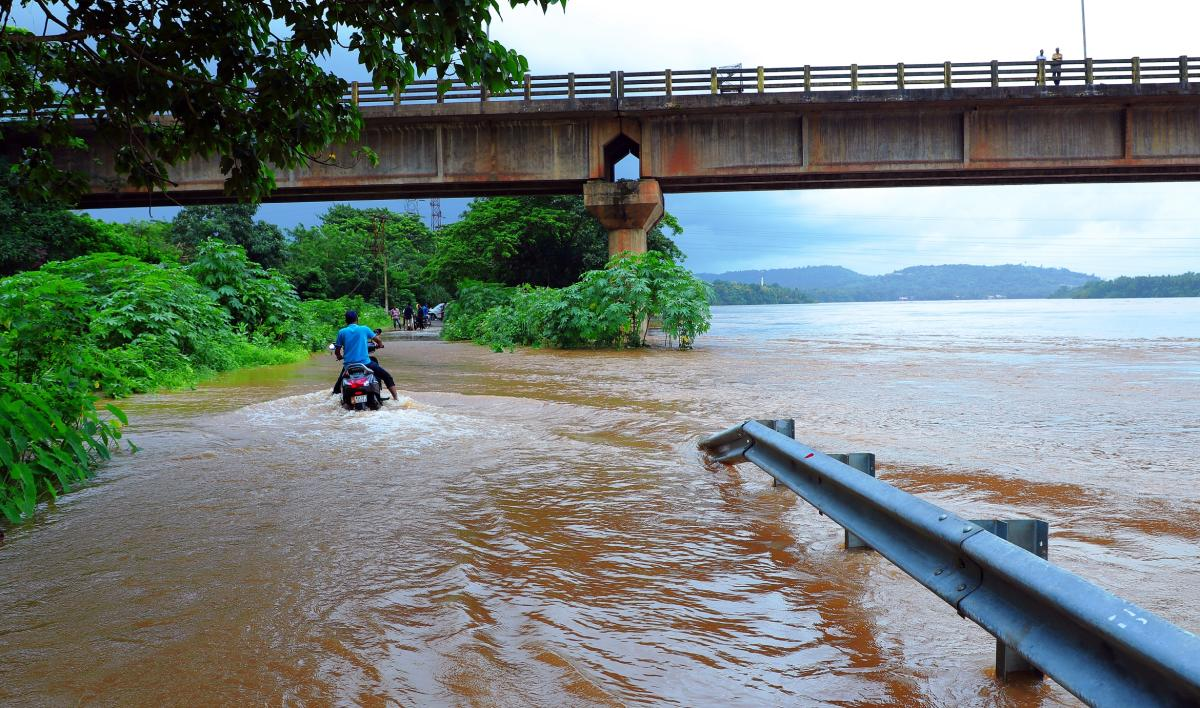 The water from River Nethravathi on Goodinabali-Kanchukarapete in Bantwal.