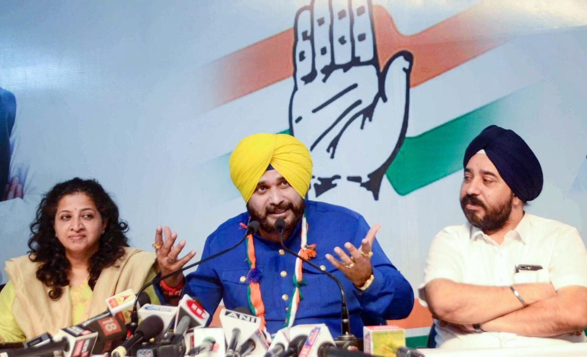 Congress leader Navjot Singh Siddhu addresses a press conference during an election campaign for Madhya Pradesh Assembly election, in Bhopalon Nov. 22, 2018. PTI