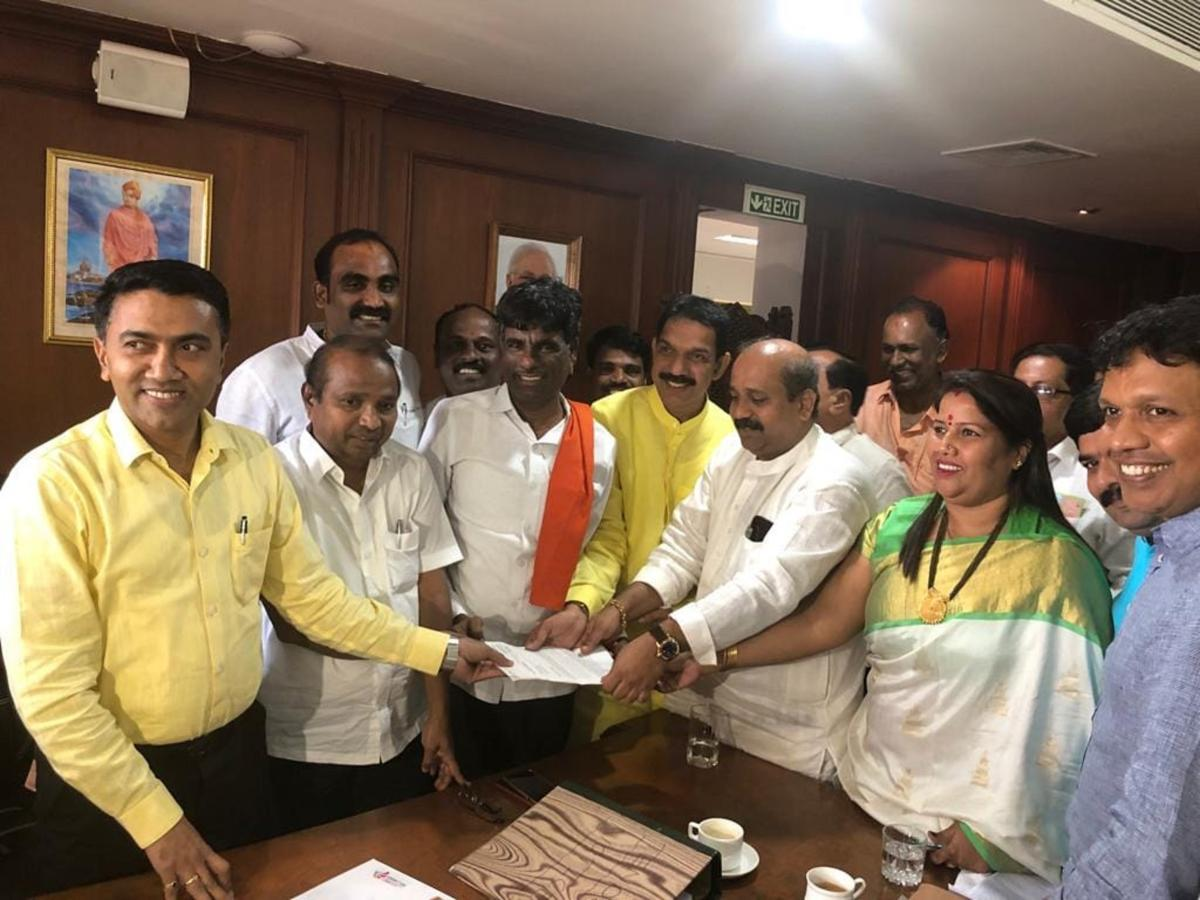 A delegation, led by MP Nalin Kumar Kateel, submits a memorandum to Goa Speaker Pramod P Sawant on Tuesday.