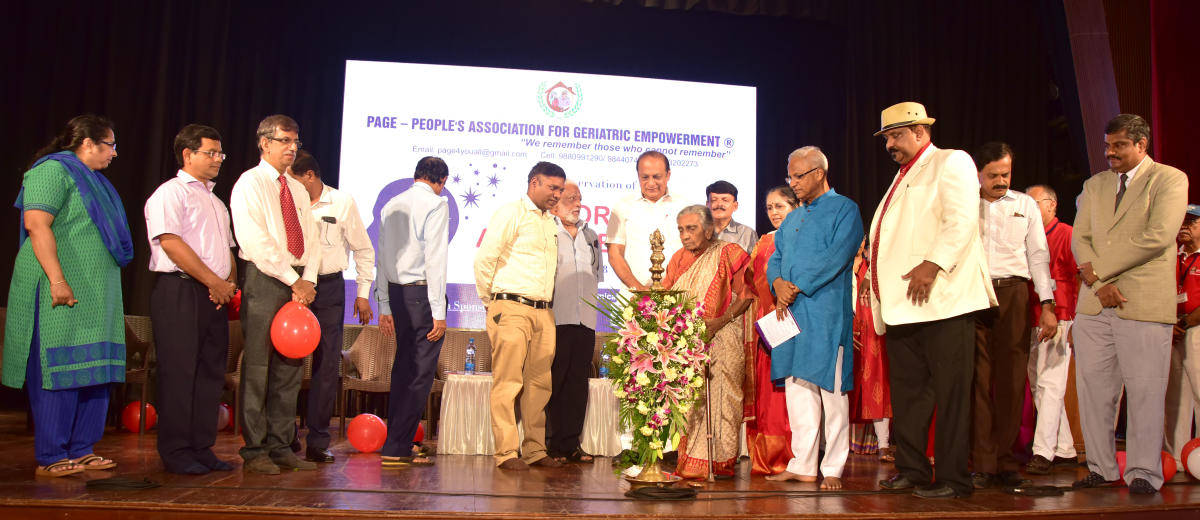 Dr Olinda Pereira, president of People's Association for Geriatric Empowerment (PAGE), inaugurates the World Alzheimer's Day programme at Town Hall, Mangaluru, on Saturday.