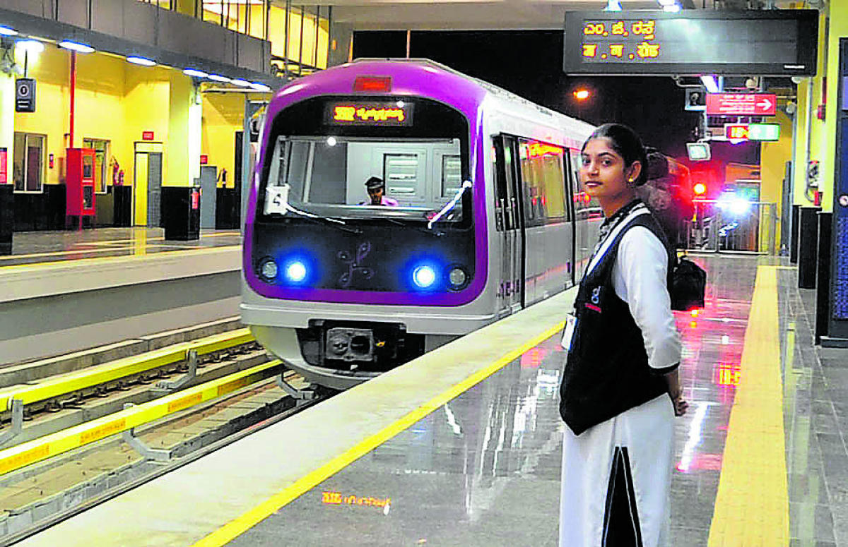 Namma Metro train run at the M G road station as media invited for the media briefing before the Metro release in Bangalore on Saturday./ photo by Kishor Kumar Bolar