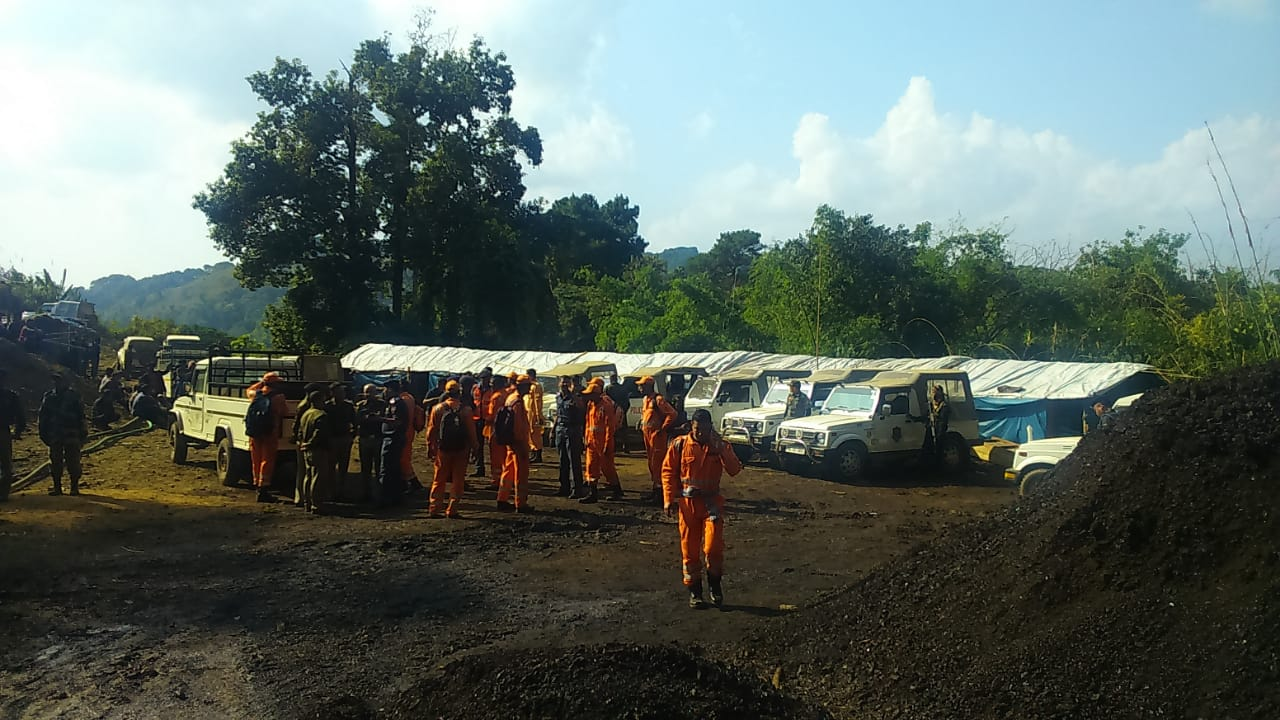 NDRF personnel in East Jaintia Hills district in Meghalaya. DH photo