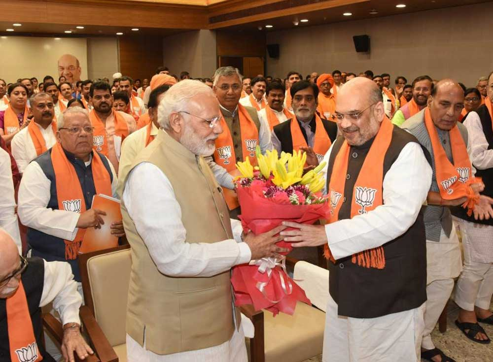 Small parties in the Uttr Pradesh are not just queuing up to be part of the opposition grand alliance, but some of them are working with the BJP as well. (File Photo)