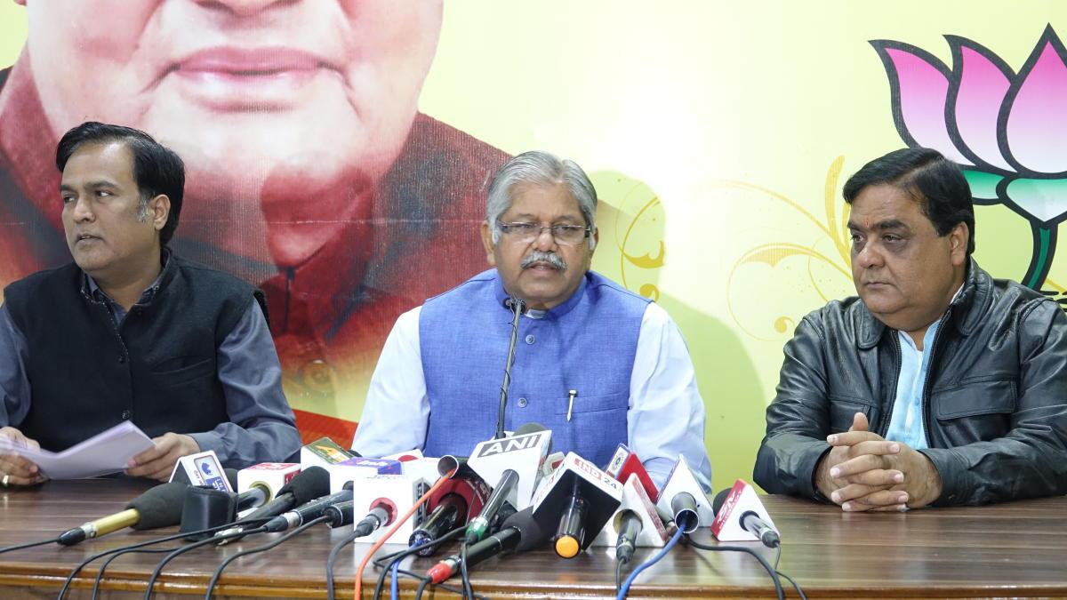 Chhattisgarh Bharatiya Janata Party state president Dharamlal Kaushik while addressing a press conference on Monday in Raipur. DH Photo