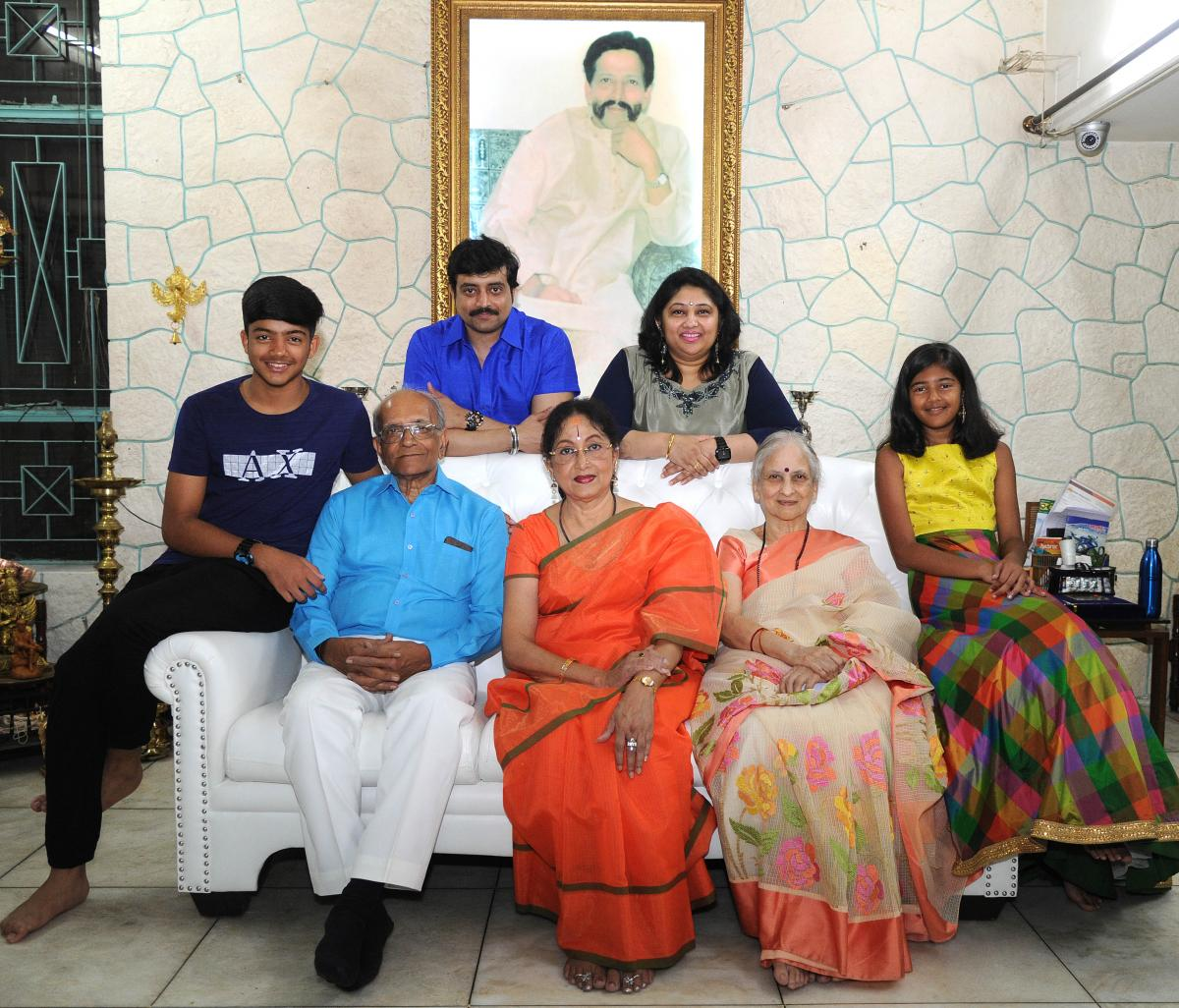 Vishnuvardhan, as family saw him | Deccan HeraldVishnuvardhan Kannada Actor With Lion