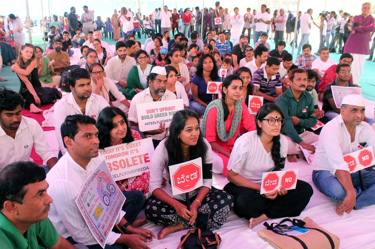 EFFORT WASTED? Citizens had vociferously protested the steel flyover project, forcing the government to shelve it. Tuesday's announcement has shocked them. DH FILE PHOTO