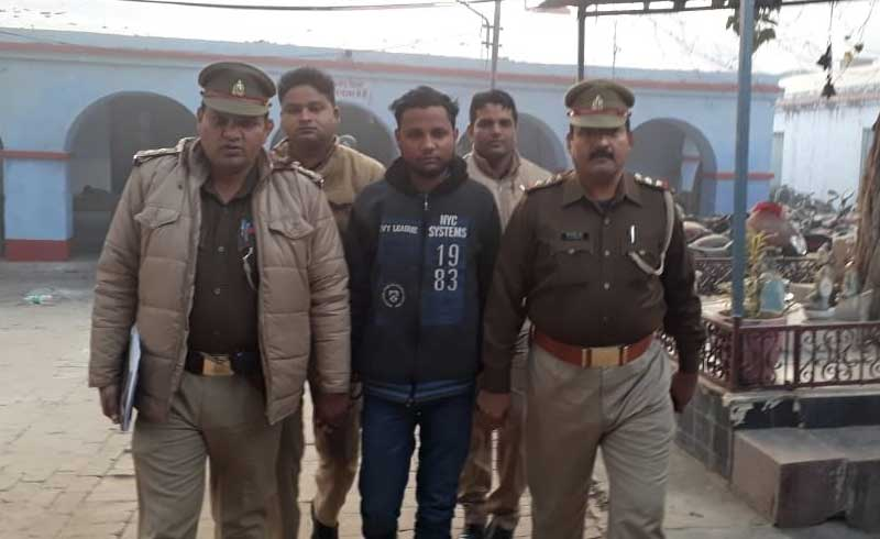 Police arrests Yogesh Raj, the main accused in Bulandshahr violence case. (ANI photo)