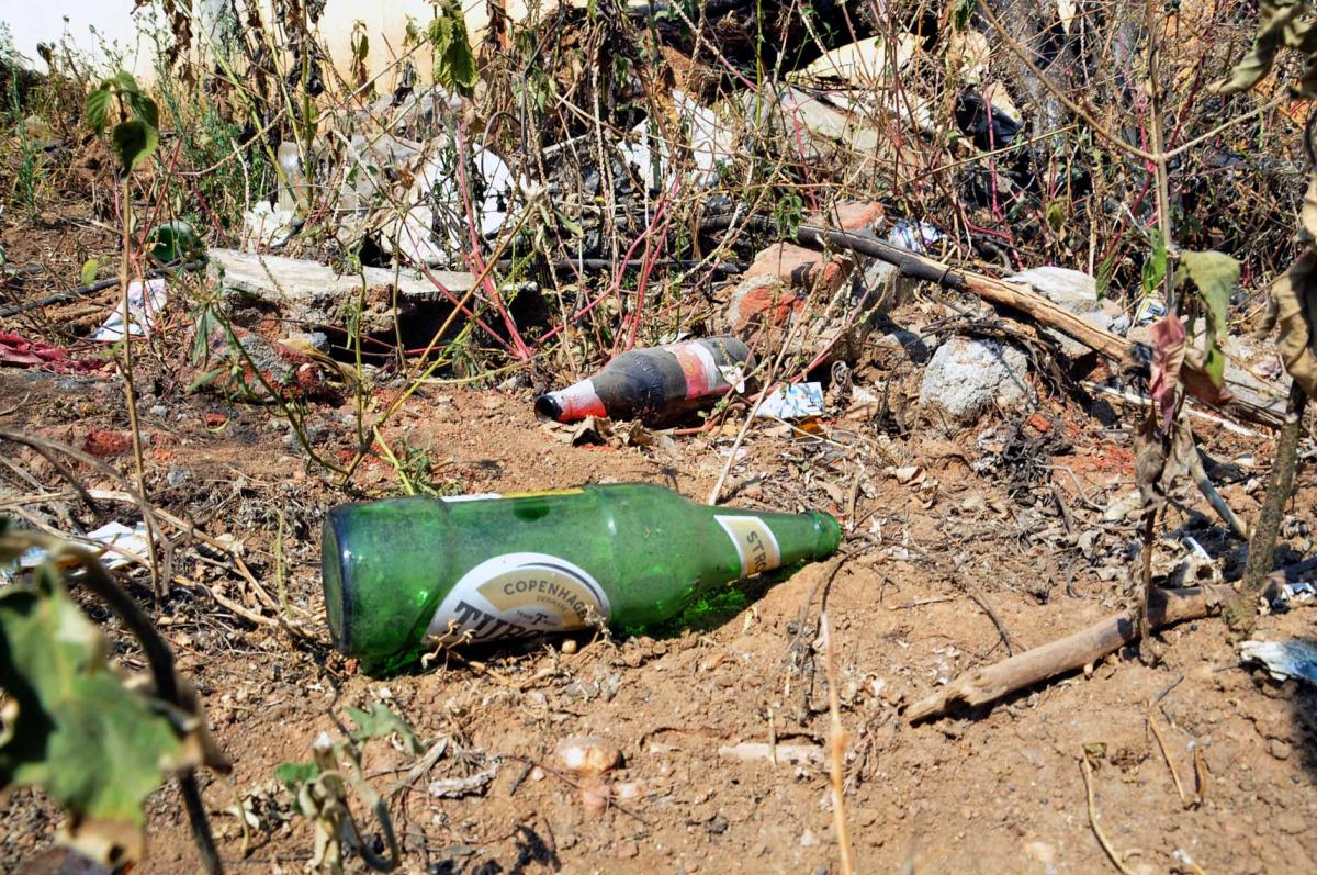 Bottles thrown on the premises of the old prison in Chikkamagaluru.