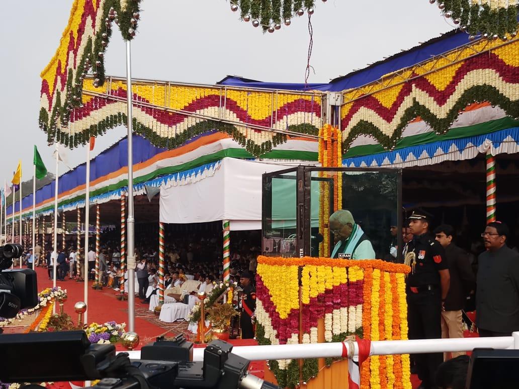 Karnataka Governor Vajubhai Vala delivered his Republic Day address by remembering the disastrous Kodagu floods during August 2018. (DH Photo/Janardhan B K)