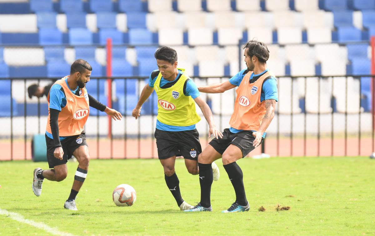 Bengaluru FC players train on the eve of their clash against NorthEast United FC at the Sree Kanteerava Stadium. BFC Media
