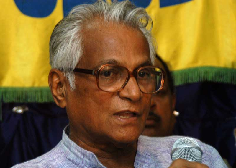 The burial of the ashes of former Defence Minister George Fernandes will be held at the cemetery of St Francis Xavier Church in Bejai, Mangaluru, on February 2.
