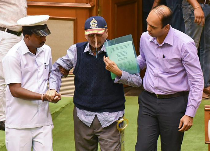 But now that the mainstream media has began identifying Parrikar's illness as an advanced stage of pancreatic cancer, some of his close colleagues have shown their increasing impatience— a tendency to speak out of turn and some of them have even sniped at the ailing politician. PTI file photo.