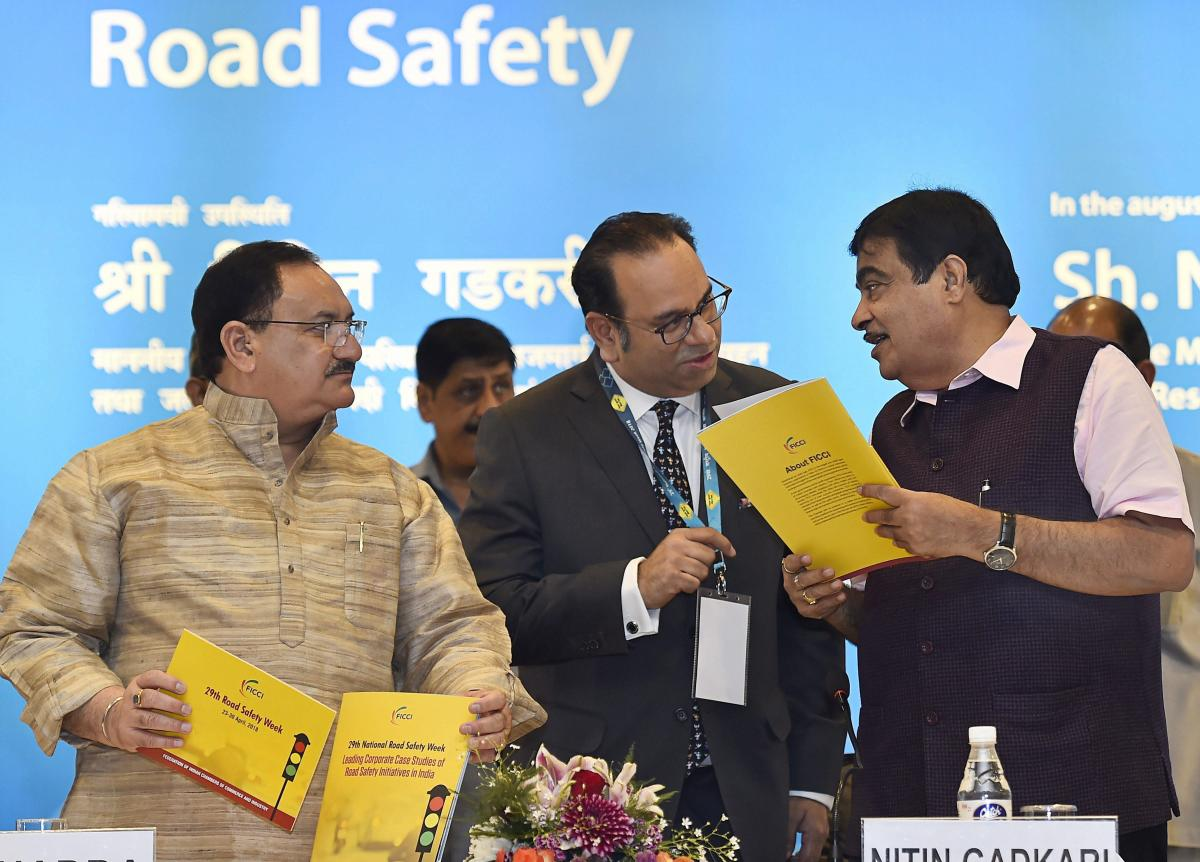 Union Minister for Road Transport, Highways and Shipping Nitin Gadkari with Minister for Health and Family Welfare J P Nadda and Sr Vice President FICCI Sandip Somany at the inauguration of the workshop on industries issues on road safety, in New Delhi, o