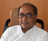 Digvijay writes to PM, seeks probe against Gadkari