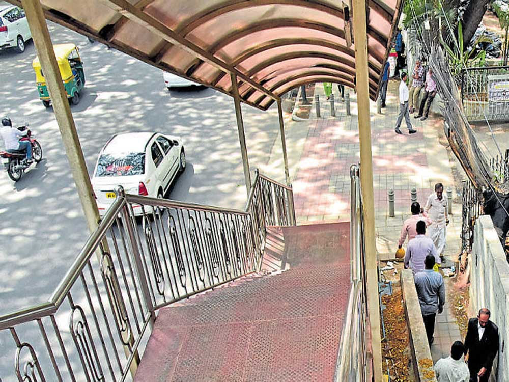 Palike council approves construction of 28 skywalks