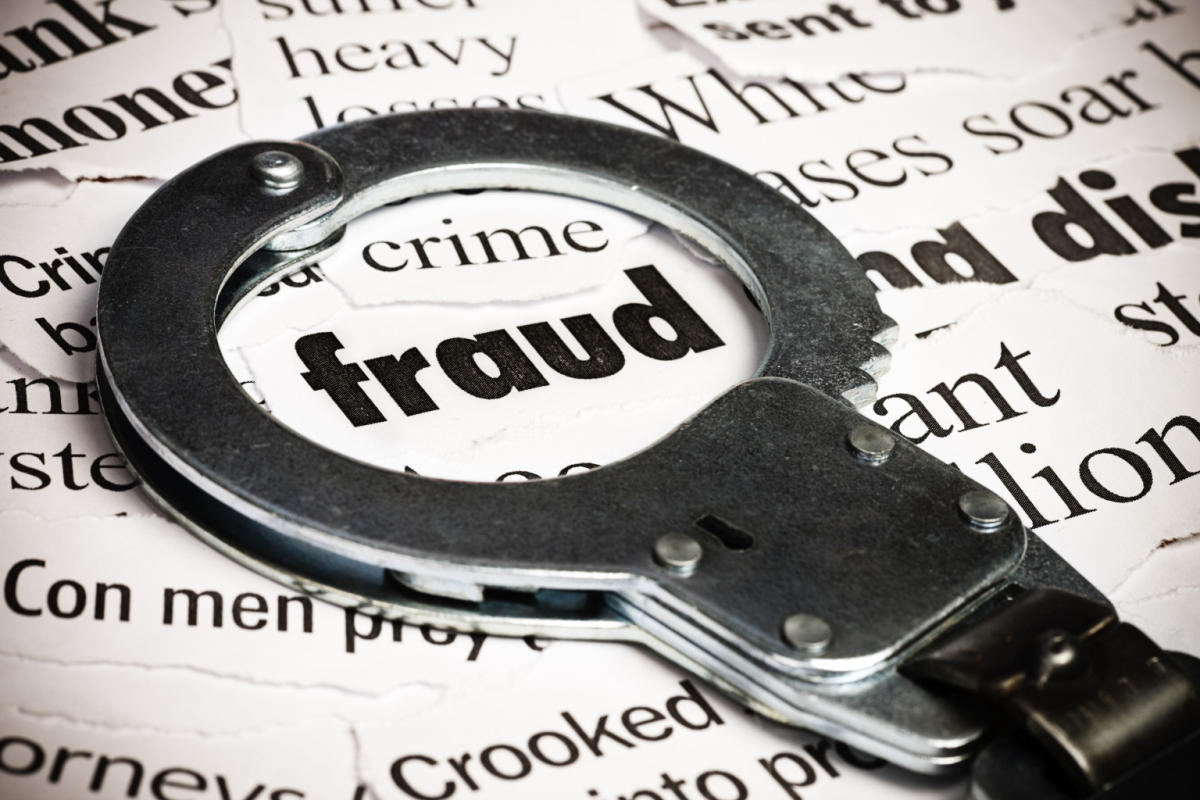 The sleuths from the elite crime branch of Mumbai police busted the racket, which swindled lakhs from aspirants promising jobs in Canada, the US and UAE