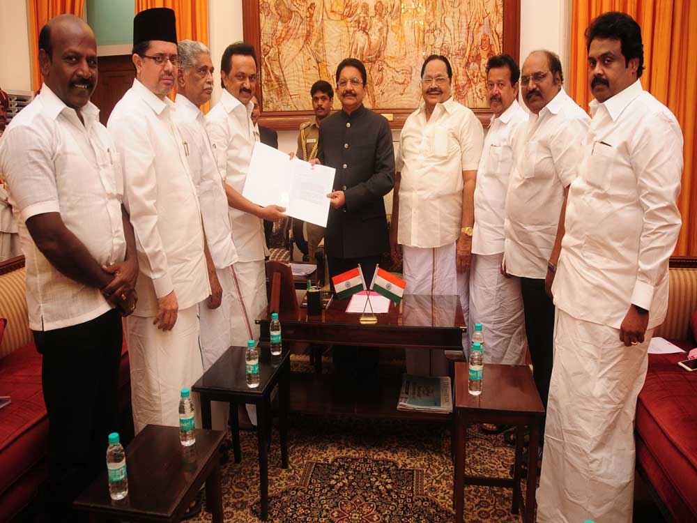 DMK seeks fresh vote of confidence after the issue of 'cash for MLAs'