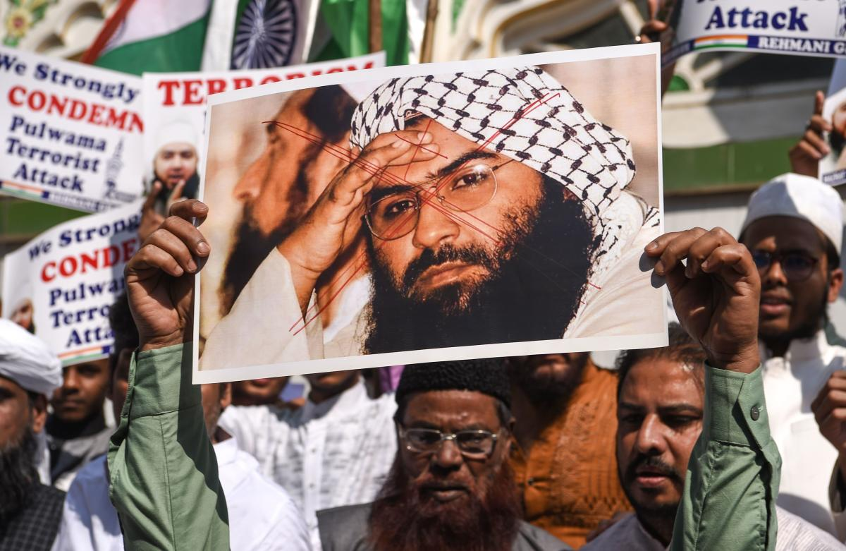 The Pakistan government in order to de-escalate the tensions with India, has decided to launch a crackdown on terror outfit Jaish-e-Muhammed (JeM) chief Masood Azhar, according to a top government source while a media report said Sunday that Islamabad may