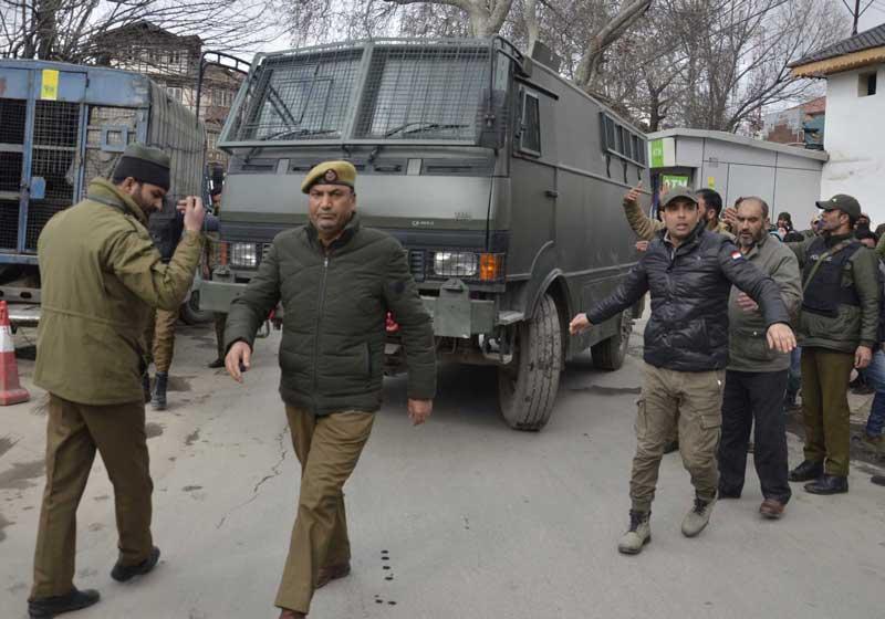 JKLF chief Yasin Malik is being taken to Jammu jail on Thursday. (Photo by Umer Asif)