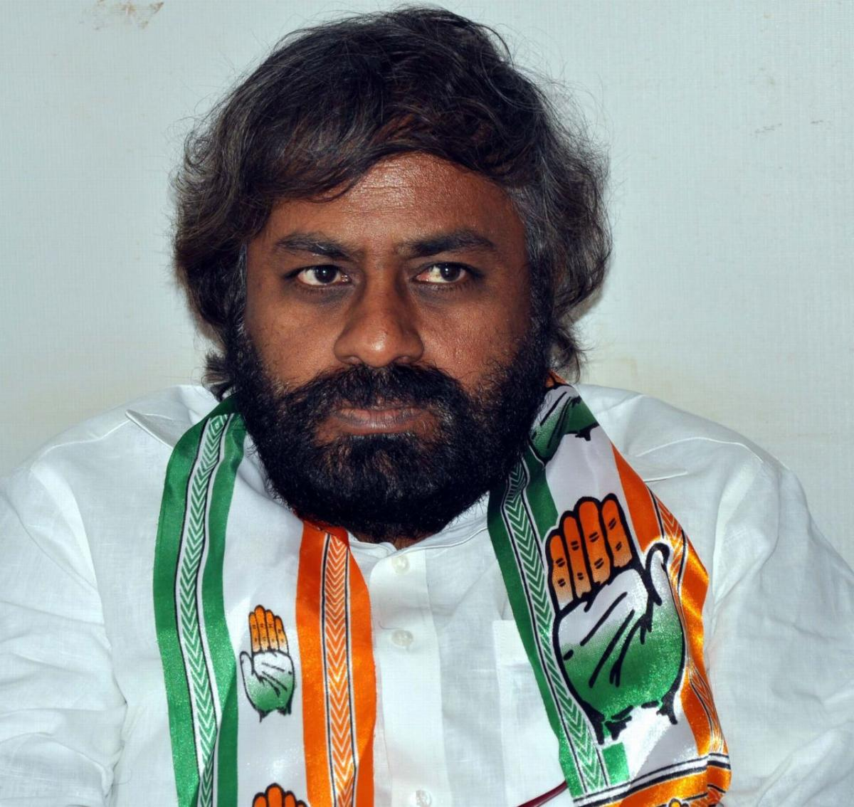 KPCC working president Eshwar Khandre said that he was ready to contest from Bidar LS constituency if the party and the people want him to do so. (DH File Photo)