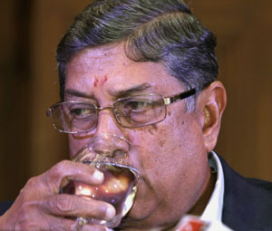On the eve of BCCI meeting, Srinivasan sets terms for quitting