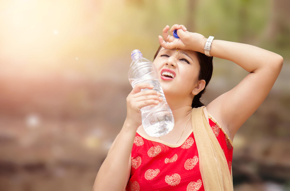 Many people suffer from severe headaches during summer. This is mostly caused by dehydration.