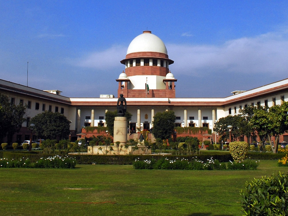 The Supreme Court on Tuesday held an advocate guilty for contempt of court for contending that only sons and daughters of judges were awarded the designation of senior advocates. DH file photo