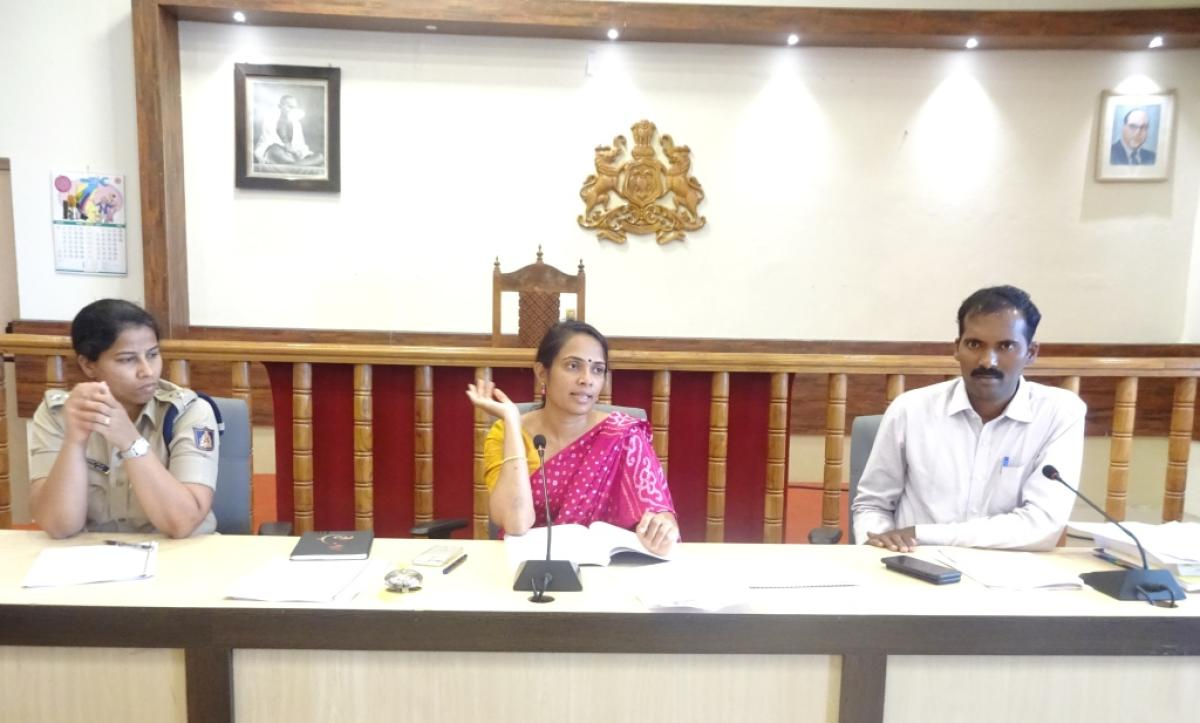 Deputy Commissioner and District Election Officer Annies Kanmani Joy chairs a meeting with leaders of various political parties at the DC's office in Madikeri on Tuesday. Superintendent of Police Suman D Pennekar and Additional Deputy Commissioner T Yogesh look on.