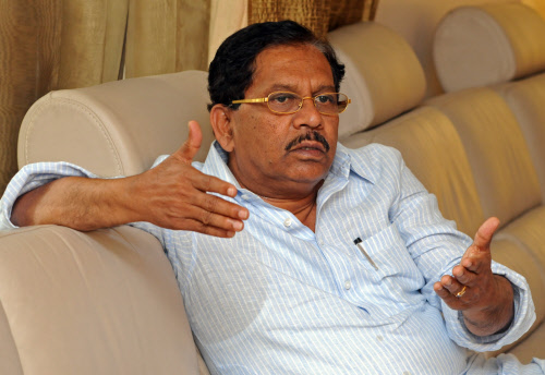 Congress is on the defensive, hints Parameshwara