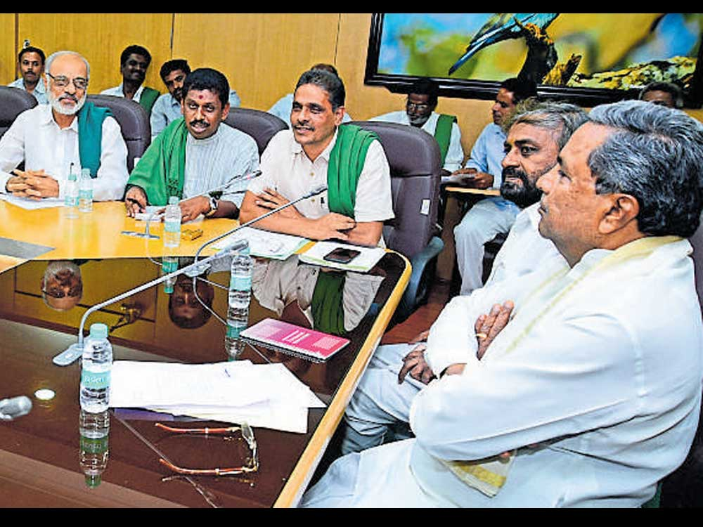 CMdares Yeddyurappa to urge Centre to write off farm loans