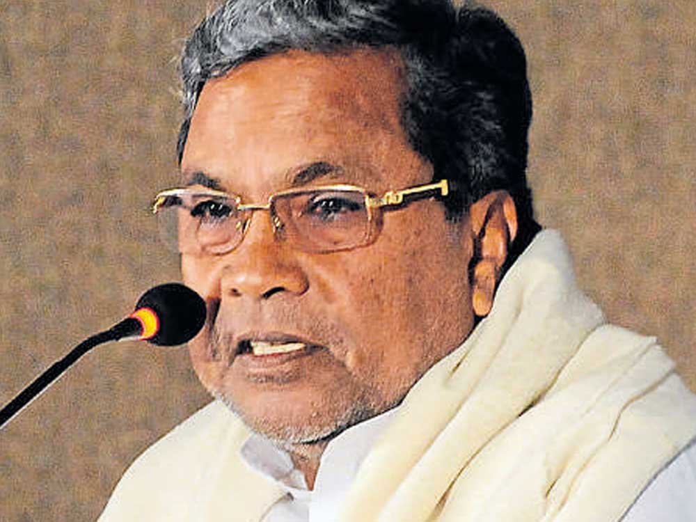 Will talk to high command on Halappa: Siddaramaiah