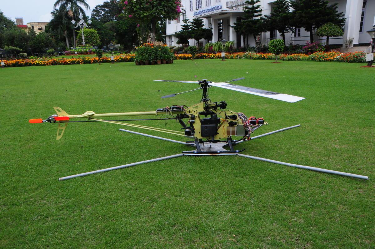 Unmanned Aerial Vehicle (RUAV)