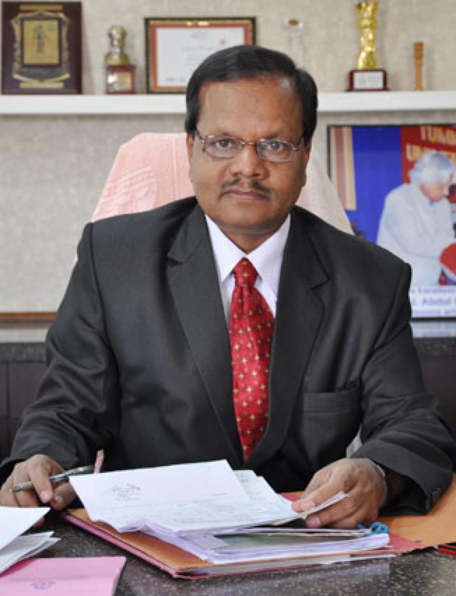 Prof D Shivalingaiah