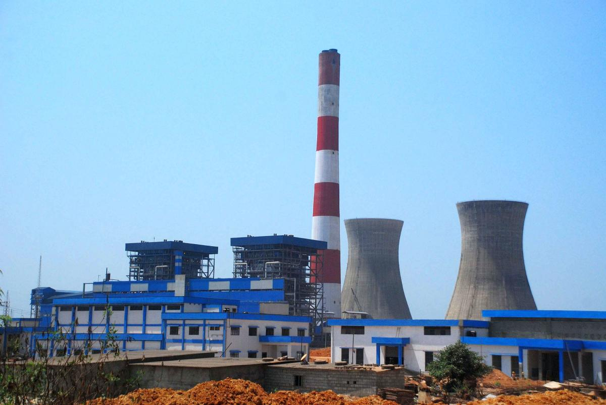 The thermal power plant of Udupi Power Corporation at Nandikur near Udupi. The UPCL generates 1,200 MW of power and had planned to scale the production to 2,800 MW by setting up additional units. DH File Photo