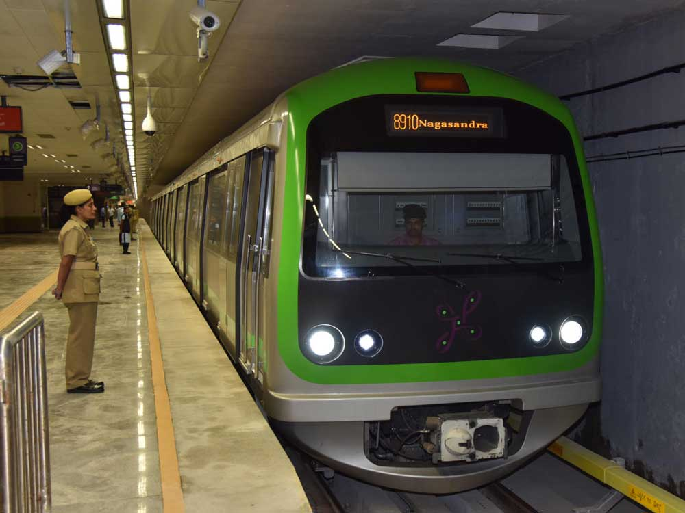 The higher frequency is the result of two additional short-loop trains on the line. In a press release, the Bangalore Metro Rail Corporation Limited said the number of short-loop trips had been increased from 9 to 11 to reduce the crowd at the Kempegowda metro station in Majestic. (DH File Photo)