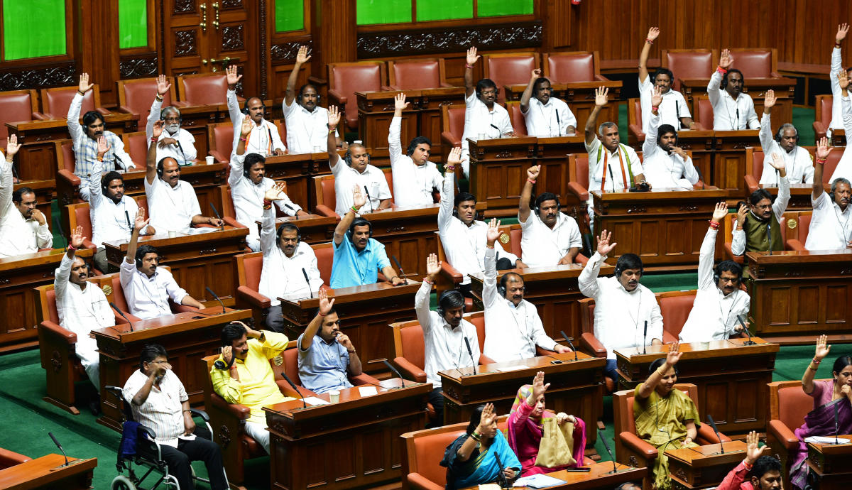 (Representative Image) The ruling party members voted in favor of the vote of confidence in the assembly session on May 25, 2018, called by the majority of the JDS-Congress coalition government in the Assembly. (File Photo)