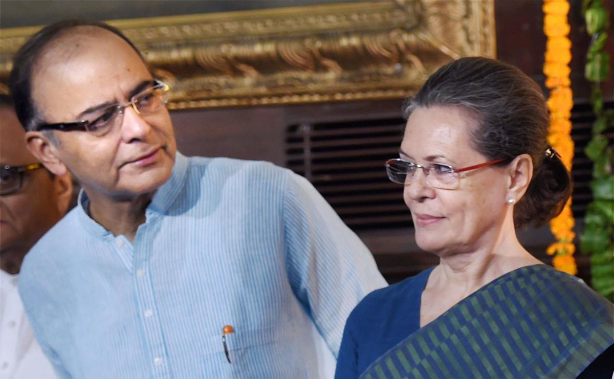 Sonia Gandhi expresses distress at passing of Jaitley