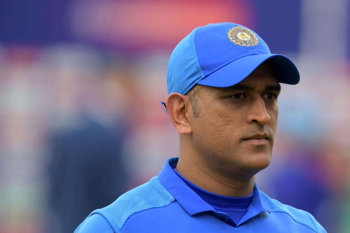 MS Dhoni dropped from India's T20 squad for SA series