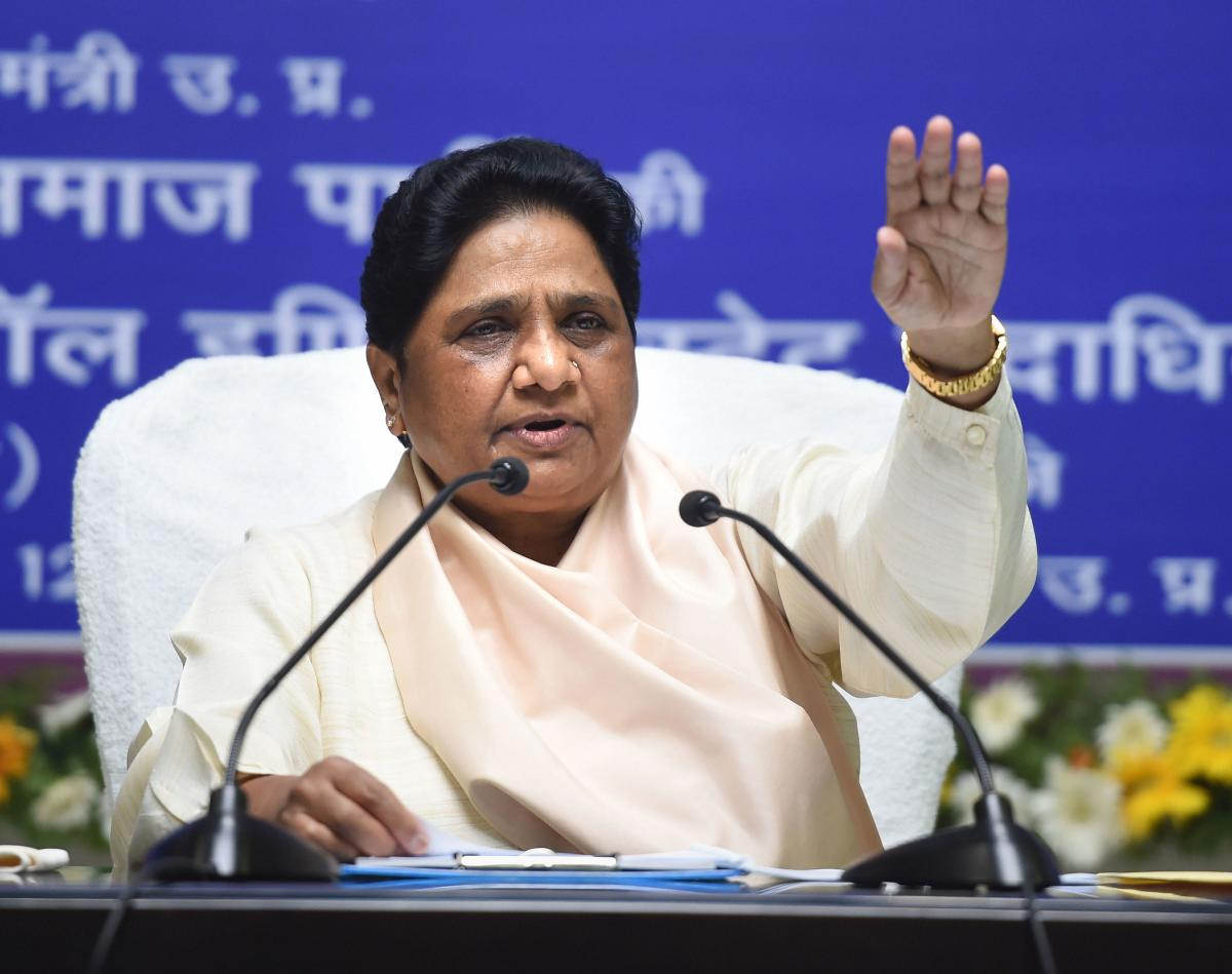 Wary of Chandrashekhar's rising stature, Mayawati changes tack to
