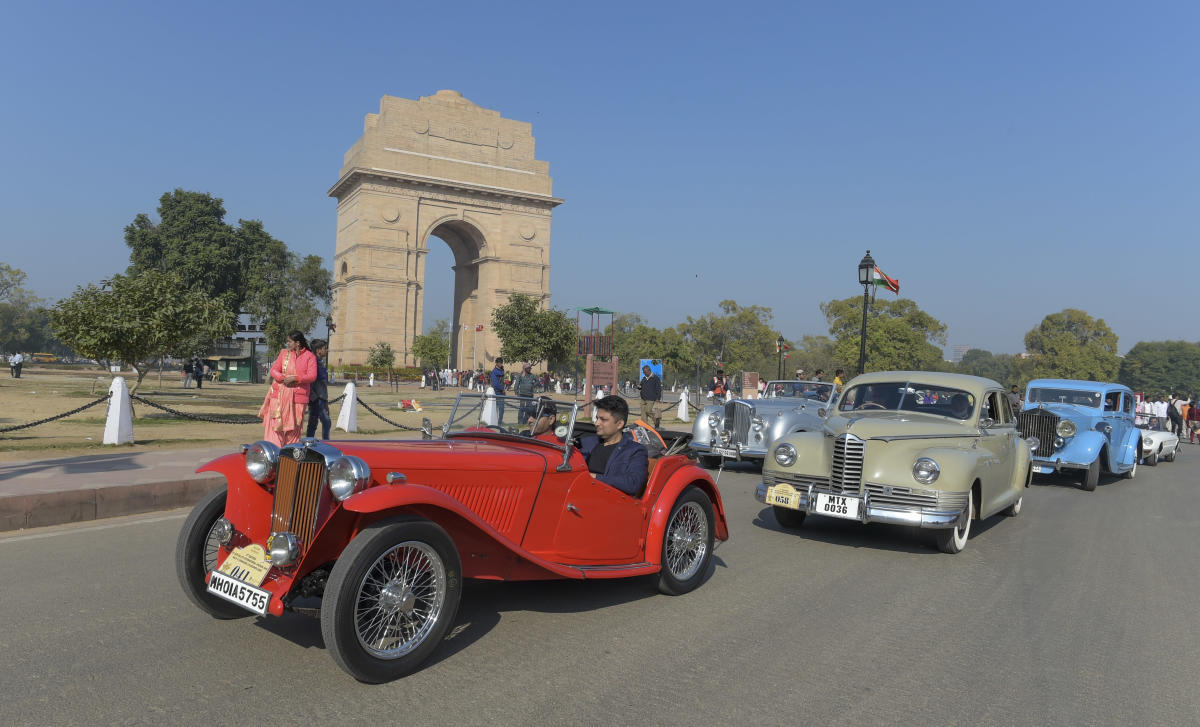 Rare Vintage Automobile Beauties From India And Abroad Steal Show At Car Rally Deccan Herald