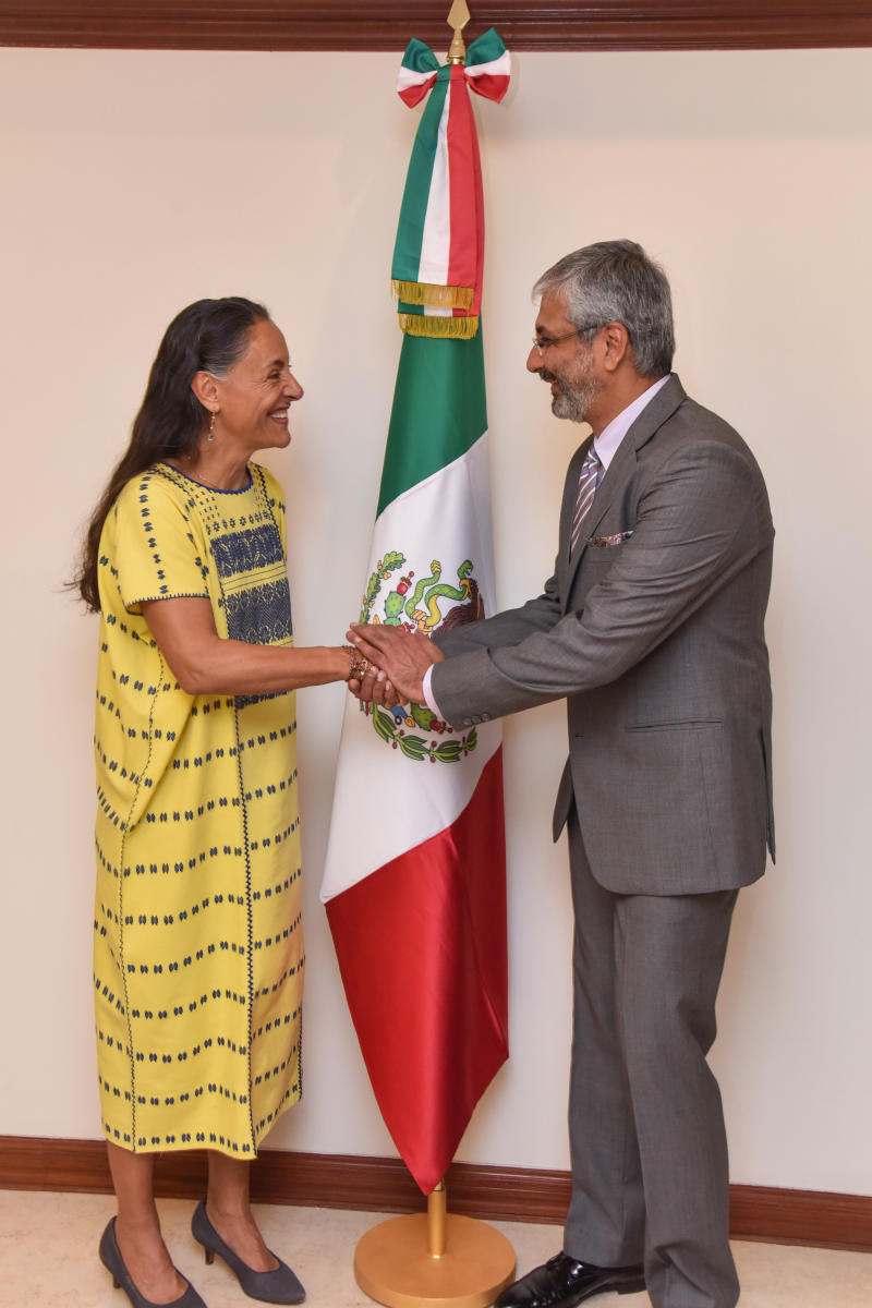 Melba Pria, The Ambassador of Mexico and Sandeep Kumar Maini, Honorary Consul of Mexicoat the opening of the Honorary Consulate of Mexico at Maini Sadan, Lavelle Road in Bengaluru on Friday. Photo by S K Dinesh