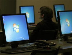 Microsoft profit slips as PCs fizzle; Windows 8 awaited