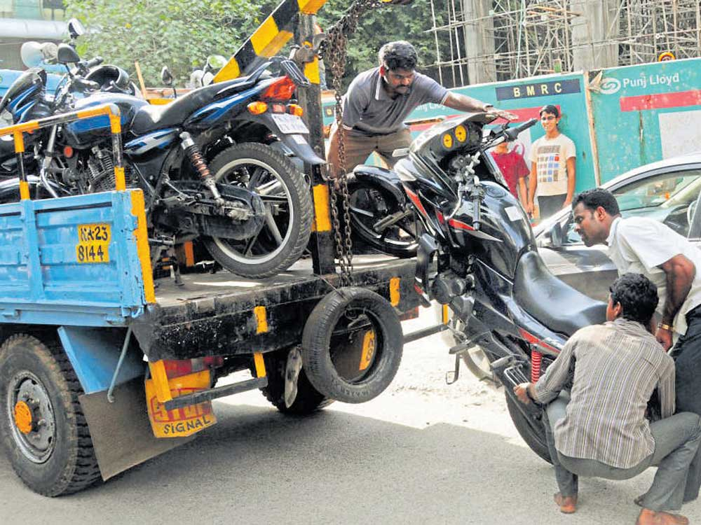 Traffic police tow it like a pro, earn Rs 6 cr in just four months