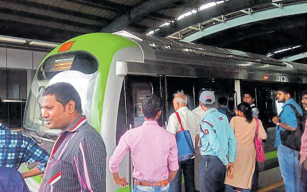 Sampige Rd-Rajajinagar Metro services disrupted for 30 minutes