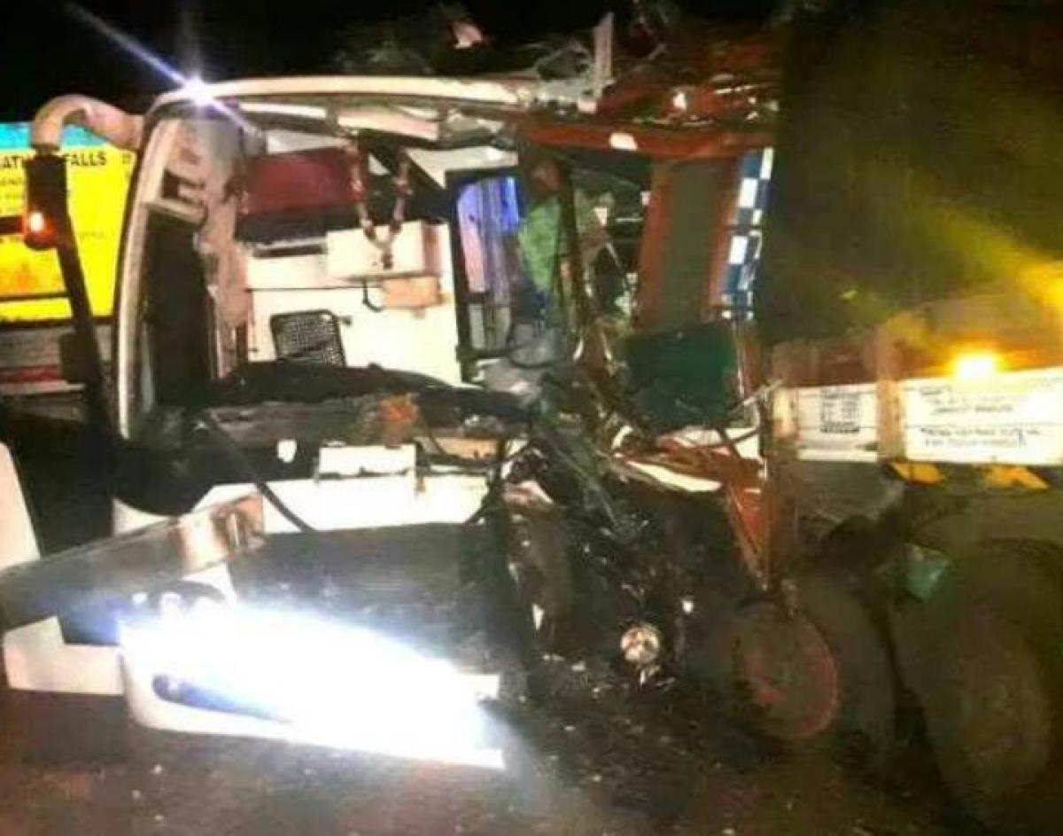 31 injured in private bus-lorry collision in Yellapur