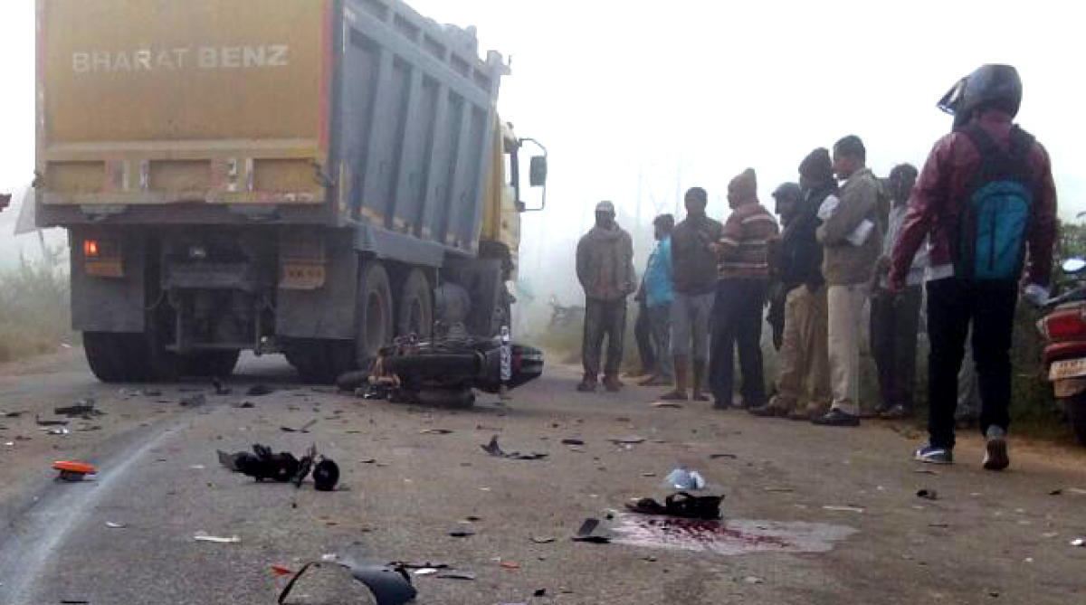 Ride to Nandi Hills turns fatal: 22-yr-old man dies as bike collides with lorry