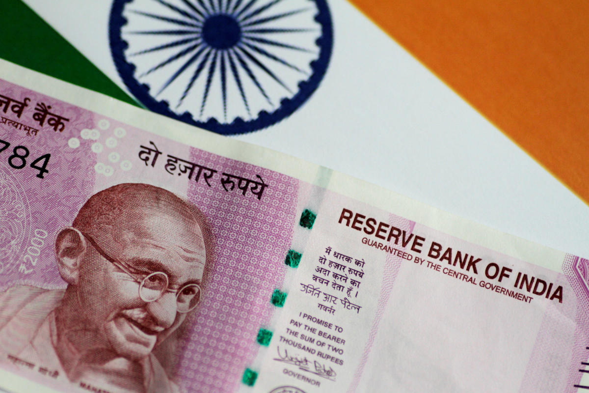 Govt to reduce fiscal deficit by 0.1% of GDP every year