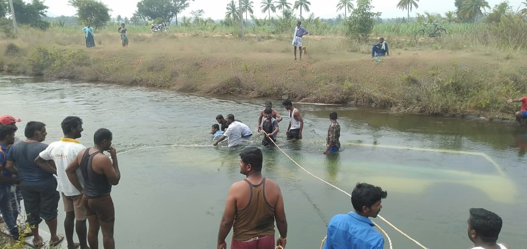 The move comes in the wake of the recent tragedy in Pandavapura taluk of Mandya district, where an old bus plunged into a canal, killing 30 people, including children. (DH File Photo)