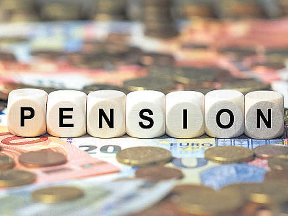 According to the report released ahead of the two-day protest programme by the senior citizens in Delhi that started on Sunday, there are around 3.23 crore of the 10.38 crore elderly are beneficiaries of old-age pension in the country at present. (DH illustration)